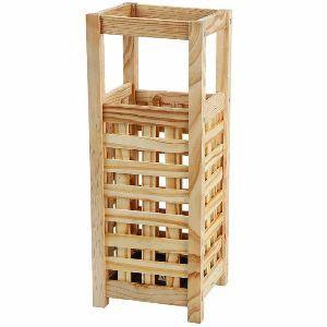 Portaombrelli in legno classico su Amazon