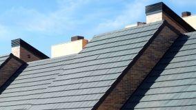 L'innovazione dei tetti a falde con le tegole piane in laterizio e multistrato