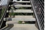 Particolare scalino in metallo antiscivolo