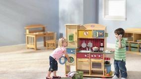 Giocattoli in legno, sicurezza e creatività