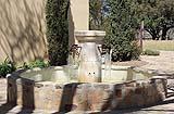 Vasca realizzata con pietrame recuperato