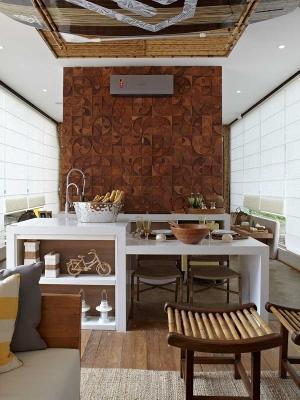Mosarte interior: parete con mosaici in legno