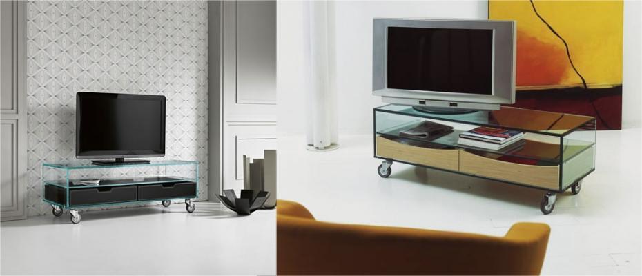 Porta-TV in vetro, modello Comò basso, di TONELLI