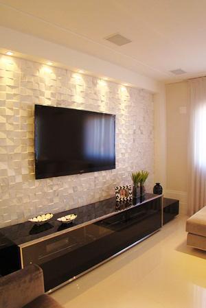 Serie di faretti introdotti per illuminare zona tv, immagine by voceprecisadecor.com.br