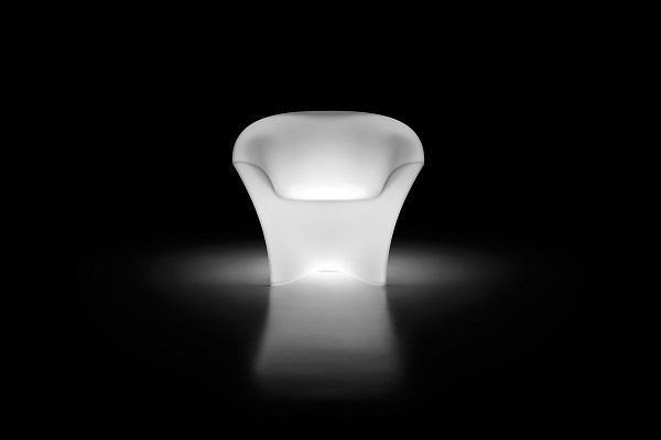 Ohla Armchair light bianca di Plust