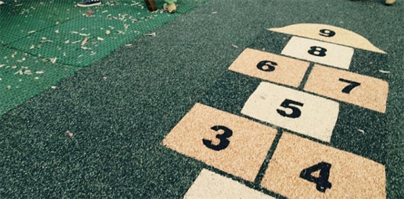 Pavimento in resina e graniglia con decorazioni, by Parquet Livorno.