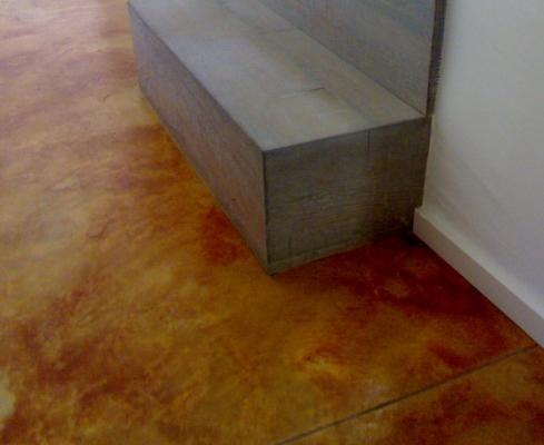 Pavimento monolitico in calcestruzzo con finitura acidificata, by Isoplam.