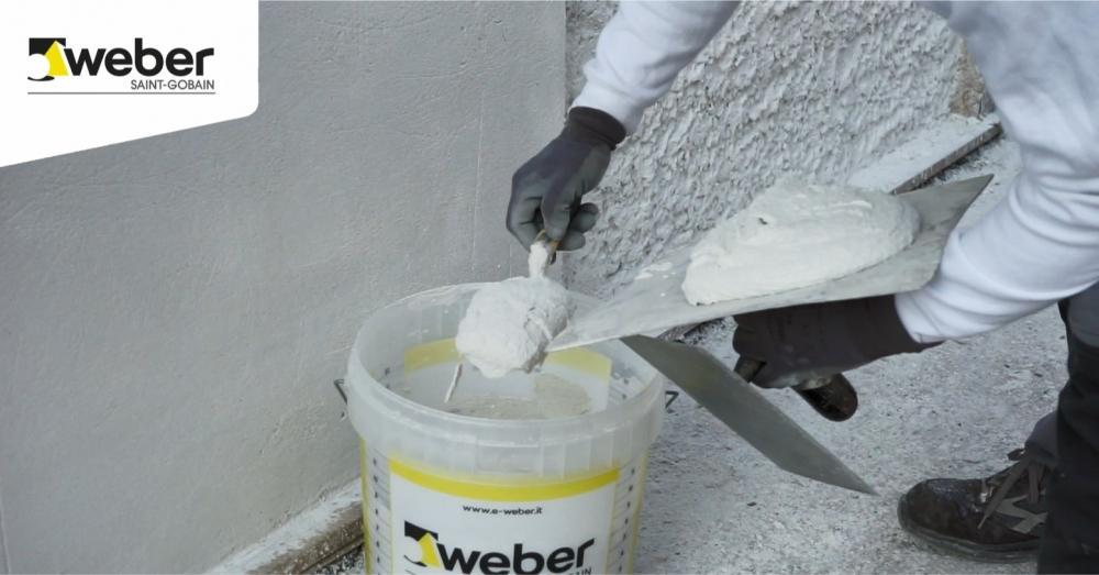 Weber intonaco applicazione manuale