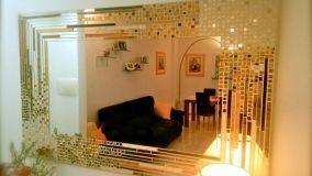 Come scegliere e posizionare specchi e specchiere nei vari ambienti di casa