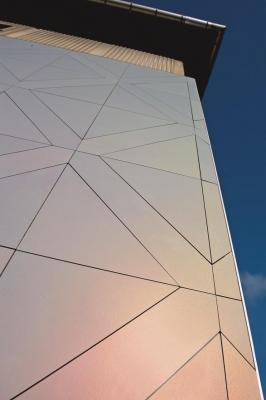 Rivestimento di facciate ventilate: ROCKWOOL, con il pannello  ROCKPANEL  CHAMALEON