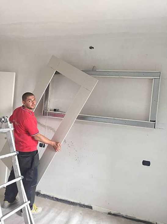 Pareti di cartongesso for Costruire porta tv
