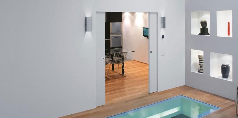 Beautiful porte interne a scomparsa ideas - Porta filo muro prezzo ...