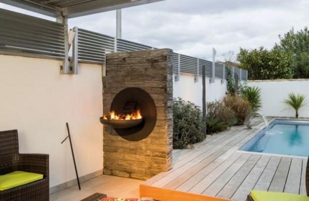 Ambientazione esterna con barbecue da muro Sigmafocus