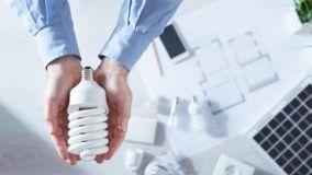Stop lampade alogene: la Direttiva Ecodesign e illuminazione