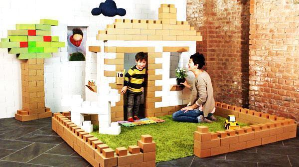 Realizzare una casa in miniatura con i mattoni di cartone Edo