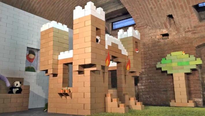 Castello di mattoni in cartone Edo