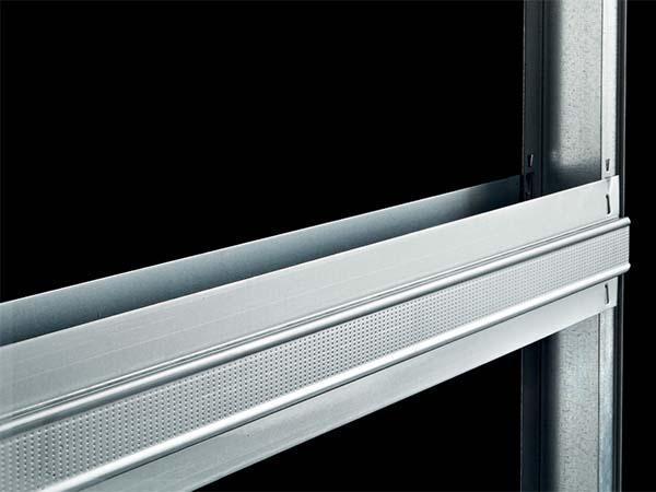 Controtelaio per porta scorrevole: traversina metallica