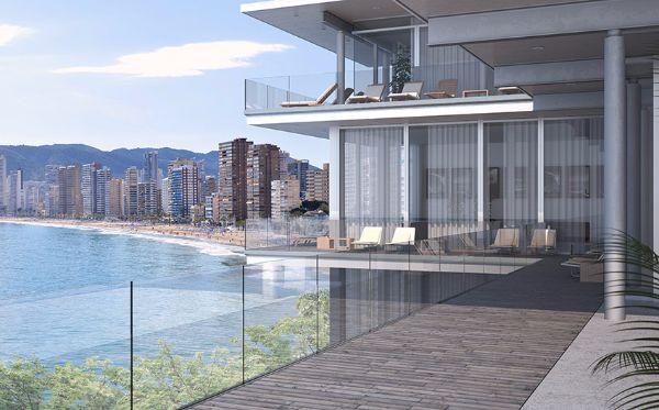 Balaustre in vetro Masi glass, a protezione di terrazzi multipiano