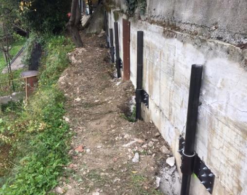 Micropali in acciaio per consolidamento muro in cemento armato di SYStab