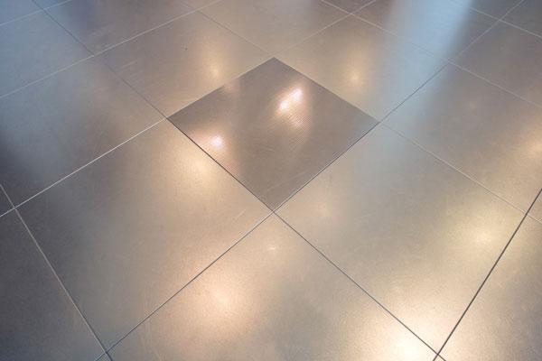 Mainardi Sistemi: pavimento di acciaio