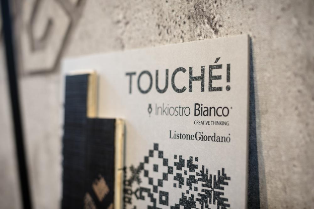 Parquet inciso Touche Listone Giordano-Inkiostro Bianco Lab