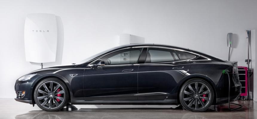 Installazione batteria fotovoltaica di Tesla