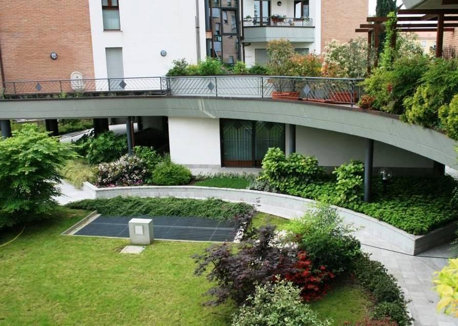 Foto giardino pensile sul terrazzo - Giardino pensile terrazzo ...