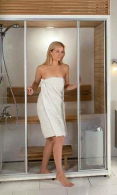 Ristrutturazione di un casale: la doccia multifunzione di Procopi è la protagonista del bagno