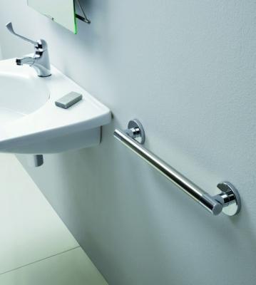 Ristrutturazione del bagno per nuove esigenze: maniglione di PonteGiulio