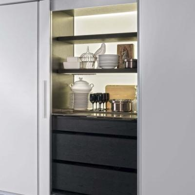 Cucina Tivalì, una soluzione a scomparsa e attrezata per arredare un miniappartamento