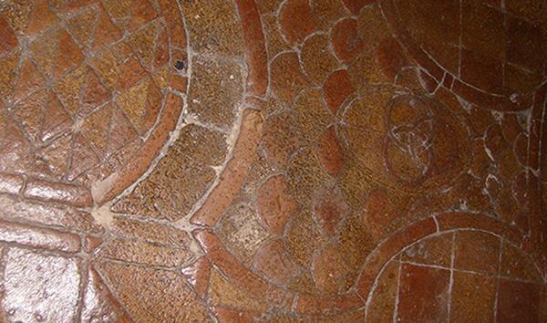Proteggere un antico pavimento in cotto richiede prodotti specifici foto di Eleonora Cangini