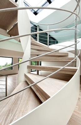Scala in legno by Officine Sandrini