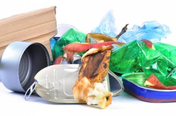 Smaltire i rifiuti domestici con la raccolta differenziata
