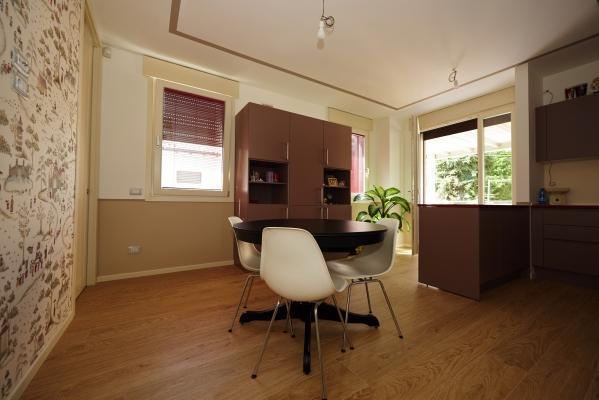 Rivestimenti interni di Villa Monica realizzata in legno Xlam da Sistem (foto di Pini Paride)