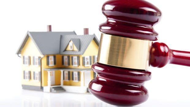 Quali documenti bisogna consultare prima di acquistare all'asta un immobile in costruzione?