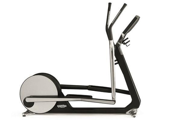 Fitness in casa: ellittica Cross Personal Citterio di Technogym