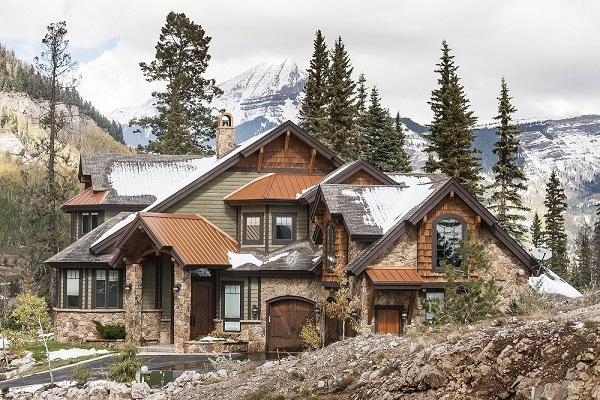 Complesso di casa in montagna