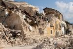 Crolli  causa sisma di abitazioni eseguite con murature mal eseguite