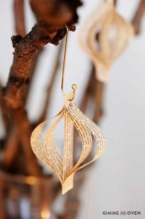 Decorazioni di carta per l'albero idea di Gimmesomeoven.com