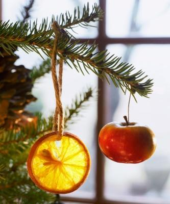 Ornamento a base di frutta di goodhousekeeping.com