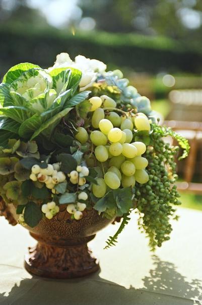 Centrotavola con uva di Belleevents.com.jpg