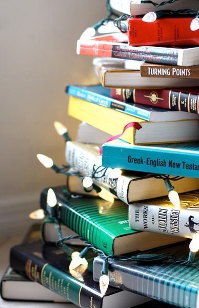 Mini albero di Natale con libri by familysponge.com