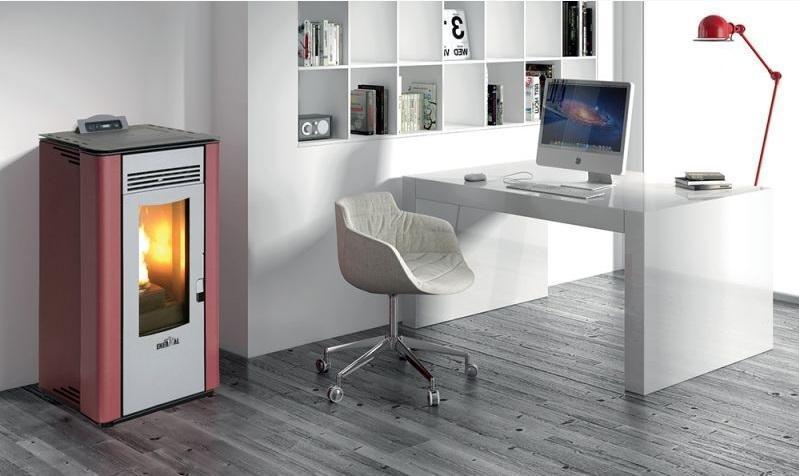 Foto stufe termostufe e caldaie a pellet riscaldare - Come riscaldare casa in modo economico ...