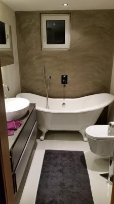 Pareti in resina in bagno di ARKdecò Design