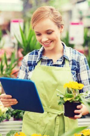 Coltivare le piante con serre digitali gestibili anche da remoto