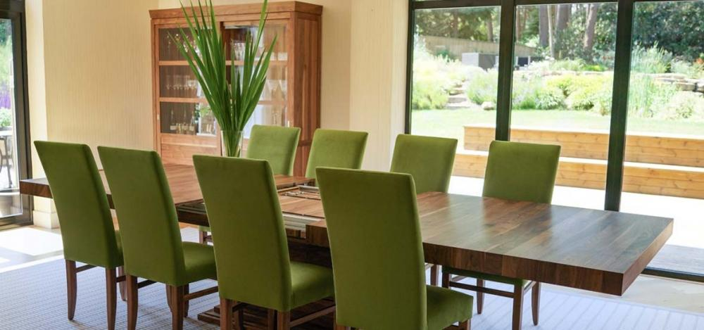 Tavolo estensibile in legno massello, realizzazione Berrydesign