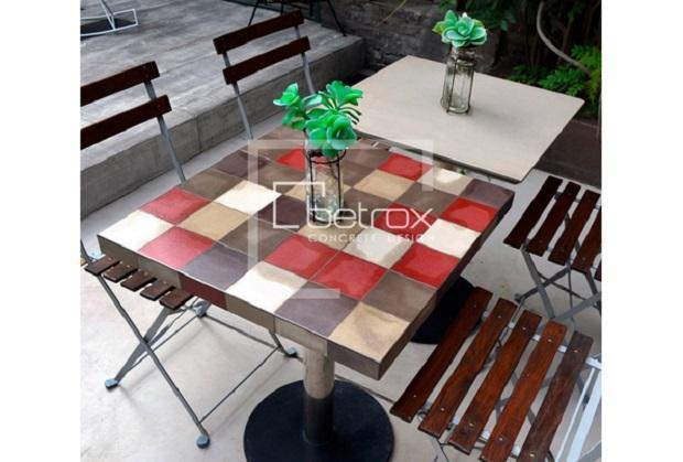 Tavolino in cemento Betrox di Edfan