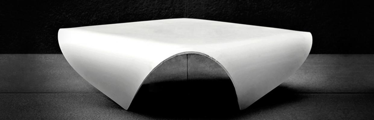 Tavolino in cemento della collezione Betrox di Edfan