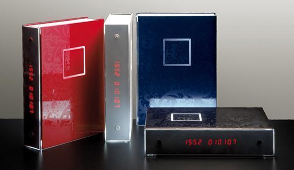 Lampada orologio MultiBook di Rotaliana.