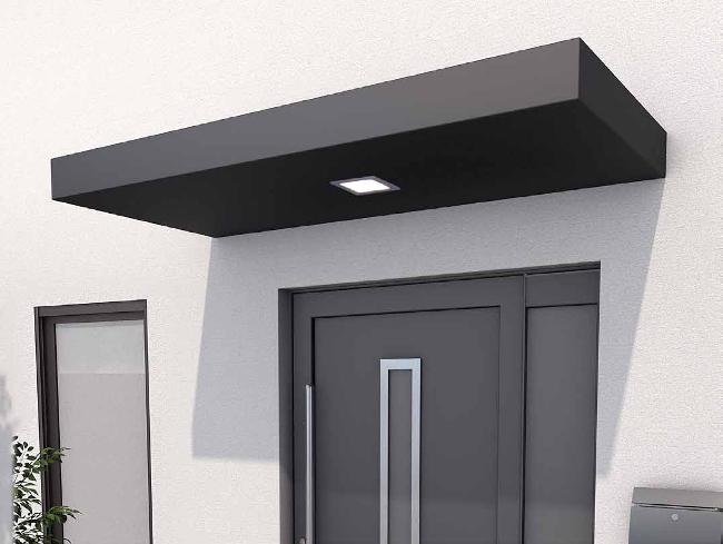 Pensilina per ingressi di design con luce integrata